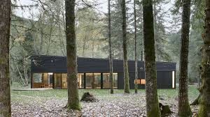 100 Modern Homes With Courtyards 11 MustSee Houses In The Woods Beautiful Forest