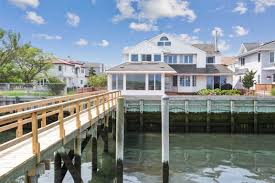 100 The Beach House Long Beach Ny Homes For Sale In The Canals Area Of NY