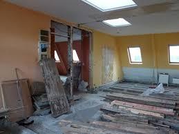 chambres de bonnes 2 chambres de bonnes réunies pour créer un appartement familial