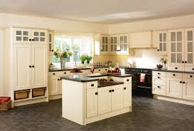 Awesome Kitchen Ideas With Cream Cabinet And Black Countertop