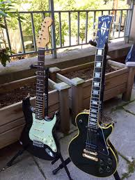 Thats A 2015 Wildwood 10 1961 Heavy Relic Strat And 1972 Gibson Les Paul Custom 54 Reissue