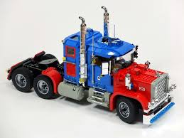 Brick Pic Of The Day: Optimus Prime