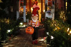 Operation Gratitude Halloween Candy 2014 by Halloween 2014 Dentists U0027 Candy Buyback Program Gets Treats U0027off