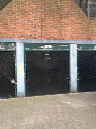 Half Of Garage For Rent Sw15 London, Storage Share Near Putney ... Office Space For Rent Barnes Ldon Serviced Offices Serpentine Running Club Kew Richmond And Village Stock Photos Images Alamy Savills St Anns Road Sw13 9lh Property Sale Chelsea To Chiswick Stampede Is Set Boost House Prices By 15 Pauls School Future 54 Education Otters Lagoons Wetland Centre In Mummytravels Family Garden Design West Discover Ldons Hippest Village Harrods Fniture Depository Wikipedia The Famous Bulls Head Jazz Venue Pub 2 Bedroom Flat Rent Richard Burbidge Maions
