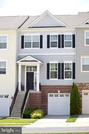 100 Fieldstone Houses Homes For Sale Dream Weaver Team