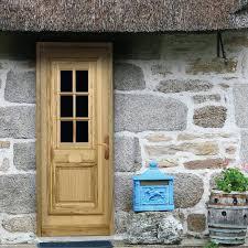 matériaux porte d entrée porte bois porte pvc acier alu
