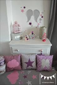 chambre mauve et gris deco chambre violette excellent bedroom white plastic blinds pink