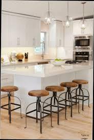 table de cuisine haute avec tabouret table de cuisine avec tabouret design en image