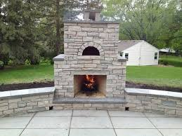 Plain Design Outdoor Fireplace And Pizza Oven Patio