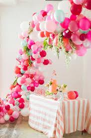 decoration pour anniversaire découvrir la décoration de table anniversaire en 50 images
