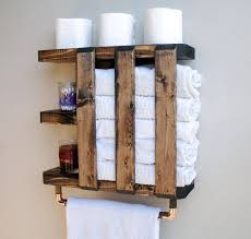 aufbewahrung badetüchern regal mit handtuchhalter