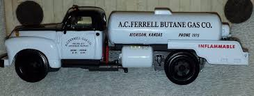 Ferrellgas 1947 Diecast Replica Bobtail Truck. 1:53 Scale. | #1815160409 Shacman Lpg Tanker Truck 24m3 Bobtail Truck Tic Trucks Www Hot Sale In Nigeria 5cbm Gas Filliing Tank Bobtail Western Cascade 3200 Gallon Propane Bobtail 2019 Freightliner Lp 2018 Hino 338 With A 3499 Wg Propane 18p003 Trucks Trucks Dallas Freight Delivery Zip Sitting At Headquarters Kenworth Pinterest Ben Cadle Wins Second Place For Working Bobtailfirst Show2012 And Blueline Westmor Industries The Need Speed News Senior Airman Bradley Cassidy Secures To Loading