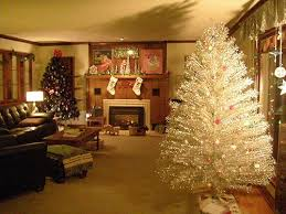 8ft Christmas Tree Ebay by 9 Places To Find Aluminum Christmas Trees Vintage And