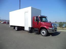100 International Box Truck 2016 INTERNATIONAL DURASTAR 4300 Everett WA 5005264114