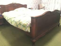 komplettes antikes schlafzimmer