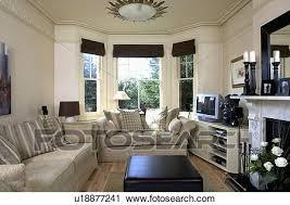 beige sofas in creme wohnzimmer mit schwarz feste
