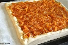 recette pate au creme fraiche pizza crème fraiche oignons recette de pâte à tomber mp