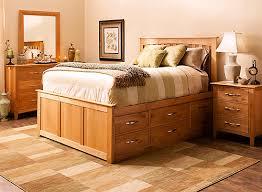 Everitt 4 pc Queen Platform Bedroom Set w Storage Bed Natural