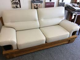 renovation cuir canapé tapissier rénovation fauteuil cuir lyon magasin a brignais