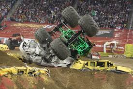 100 Monster Truck Crashes To Run Like The Best Freestyle