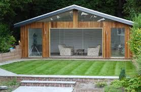 100 Contemporary Summer House Contemporarysummerhousedesignwithglassandwoodenwallmaterial