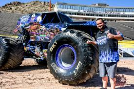 Story In Many Pics: Monster Jam Media Day | El Paso Herald-Post Bigfoot Truck Wikipedia Driving Backwards Moves Backwards Bob Forward In Life And His About Living The Dream Racing The Monster Truck Driver No Joe Schmo Road To Becoming A Matt Cody Tells All Kid Kj 7year Old Monster Driver Youtube Story Many Pics Jam Media Day El Paso Heraldpost Tour Is Roaring Into Kelowna Infonews Aston Martin Unveils Program Called Project Sparta Worlds Faest Gets 264 Feet Per Gallon Wired Sudden Impact Suddenimpactcom Top 10 Scariest Trucks Trend