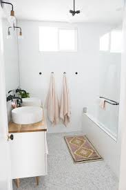 Modern Bathroom Rugs And Towels by Easy Ways To Add Style To Your Bathroom Hanging Towels Boho