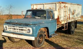 1961 Ford F600 Grain Truck | Item BR9435 | SOLD! December 30... 1961 Fordtruck 12 61ft2048d Desert Valley Auto Parts Rboy Features Episode 3 Rynobuilts Ford Unibody Pickup F100 Shortbed Big Back Window Pinterest C Series Wikipedia F600 Grain Truck Item J7848 Sold August Ve Truck Ratrod Hot Rod Custom F 100 Black Satin Paint From Keystone Photo 1 Dc3129 June 20 Ag Ford Swb Stepside Pick Up Truck Tax Four Score F250 Cool Stuff Trucks Trucks E