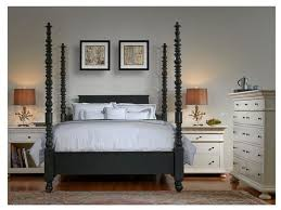Tall Post Spindle Bed Queen Traditional Canopy Beds by