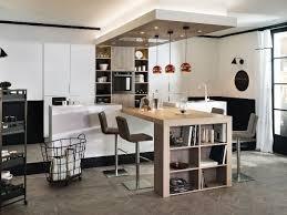 cuisine sur pied table de cuisine pied central cuisine idées de