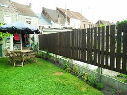 Original Palissade Pallets Fence Garden Palletfence Recyclingwoodpallets I Made This For My With 8 Repurposed Wooden