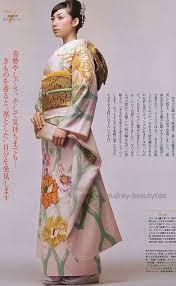 61a d807b19ea1f fe1442c 303—452 Japanese Kimono