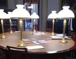 sous en cuir pour bureau cuir de bureau restauration cuir de bureau empire et contemporain
