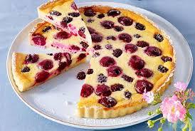 kirsch brombeer pudding tarte