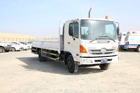 100 Truck Well Used HINO 500 SERIES 1021 10 TON TRUCK Steer Auto