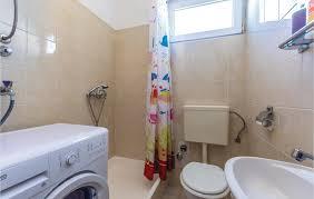 home apartment 9 persons kralja zvonimira 21000 split
