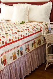Bed Skirt Pins by 25 Best Bed Quilts Ideas On Pinterest Baby Quilt Patterns Easy