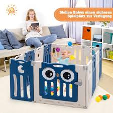 costway laufgitter mit tür und spielzeugboard baby laufstall faltbar absperrgitter aus kunststoff krabbelgitter spielzaun schutzgitter für