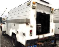 100 Service Trucks For Sale On Ebay 2006 Used Chevrolet C5500 ENCLOSED UTILITY 11 FOOT SERVICETRUCK