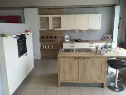 magasin cuisine bordeaux cuisine avec évier en îlot trop tard vendue cuisiniste