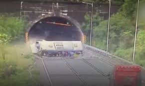 100 Truck Crashes Caught On Tape Unbelievable Bus Rollover Crash On Camera