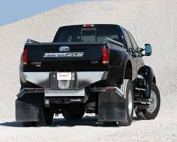 Blog - Strong Imposing And Impressive The Ford F650 - Le Roi Du ...