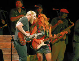 100 Derek Trucks Wife Tedeschi Band Dreams Big No Matter What It Costs Chicago