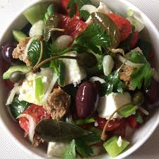 cuisine grecque recette recette salade grecque choriatiki cuisine madame figaro