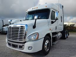 USED 2012 FREIGHTLINER CASCADIA MID ROOF TANDEM AXLE SLEEPER FOR ... Hot Shot Trucks Ram For Sale In Winston Salem Nc North Point Used 2013 Lvo 780 Sleeper For Sale In Ca 1282 2010 Freightliner Century Tandem Axle 1281 Semi Truck Sleepers New 2012 Kenworth T700 Item New 2018 Intertional Lt Tn 1119 2014 Vnm42t630 Single 494 Prostar 1122 Ari Legacy With For Box Peterbilt 386 Sleeper Spencer Ia 24698478 Freightliner Cascadia 125 Western Star Cab Tractor Parts Wrecking
