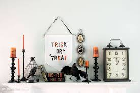 Halloween Mantel Scarf Pattern by Diy Trick Or Treat Halloween Banner The Polka Dot Chair