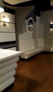 Banquetes For Restaurants, Casinos, Bars, Hospitals, Offices. Ideas Of Ding Banquette Seating L Shaped Banquette Bench For Corner Kitchen Paint White And Storage Benches Custmadecom Remodelaholic Build A Custom Corner Bench Fniture Leather Curved For Top Quality And Exceptional Outdoor Beautiful Images With Amazing Banquettes Sale Kitchen Room Elegant Design