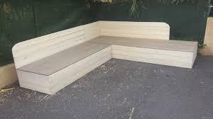 fabriquer un canapé en bois fabriquer canapé en palette de bois lsmydesign com