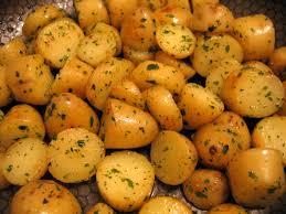 cuisiner des pommes de terre nouvelles pommes de terre nouvelles facon delia smith photo de la photo du