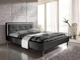 غرفة نوم إجراء قاتمة bett mit swarovski steinen